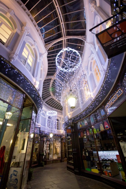 arcades-christmas-decs-011