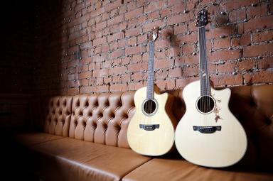 crafter_guitar_shoot_014