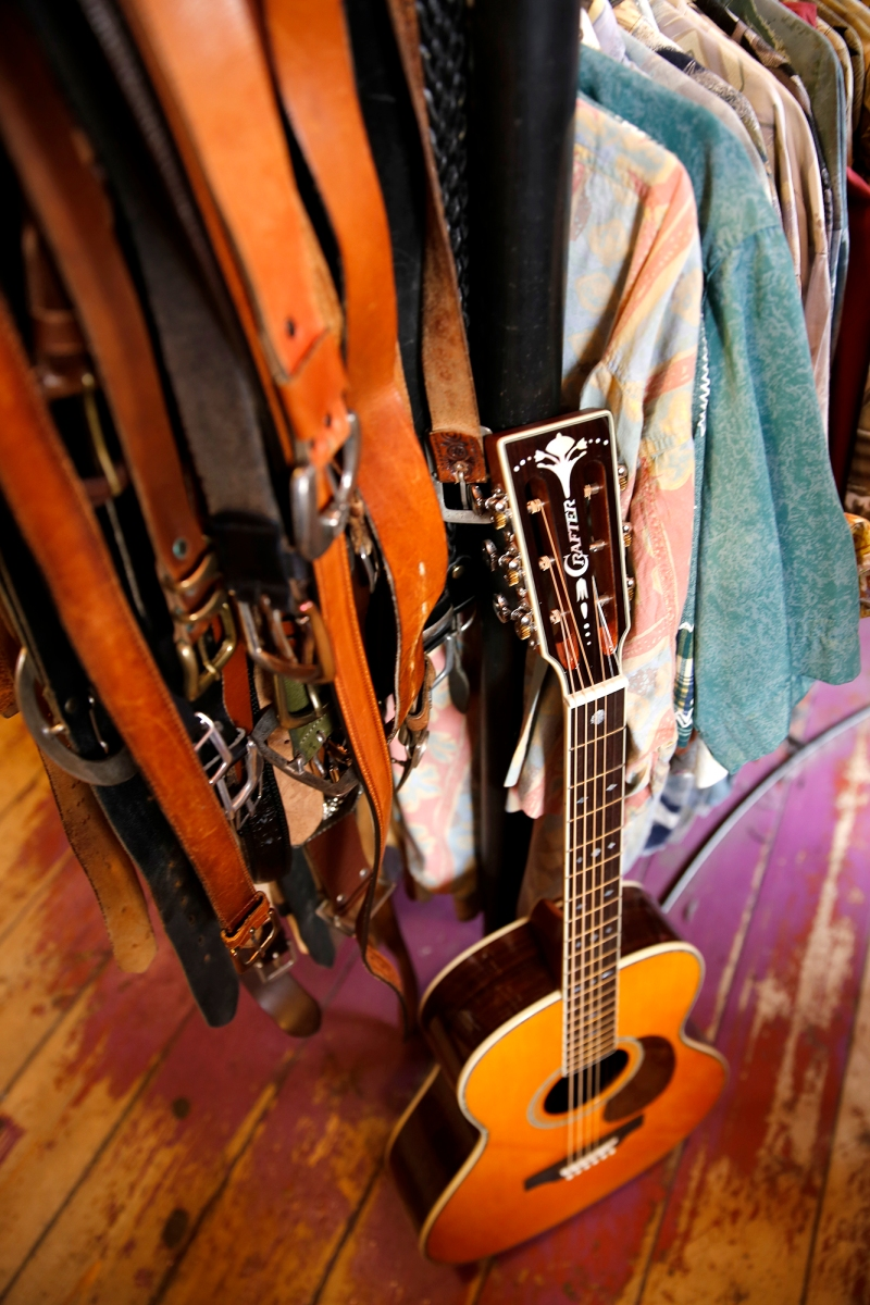 crafter_guitar_shoot_015