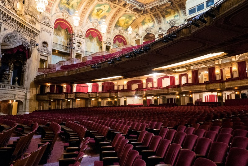 The famous Chicago theatre